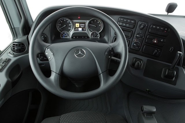 Mercedes Actros 2651 2016 Interior
