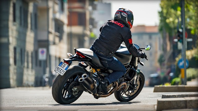Ducati Monster 821 Dark 2016